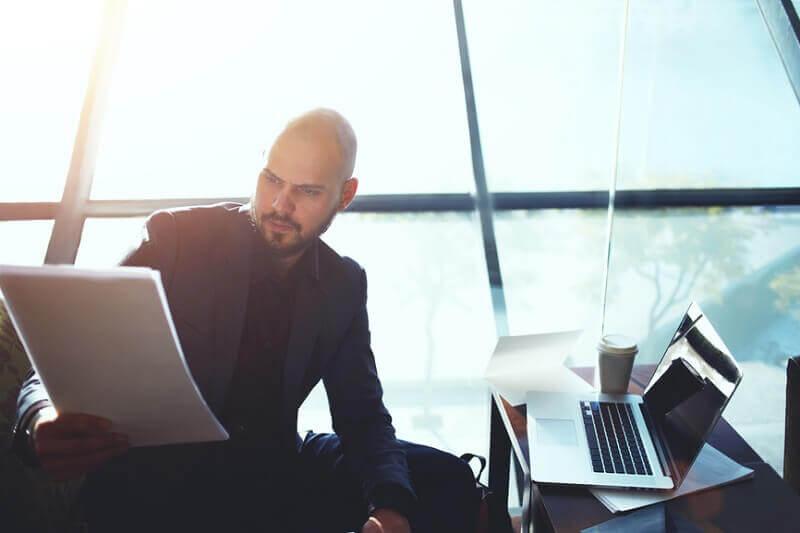 critérios para promover um funcionário